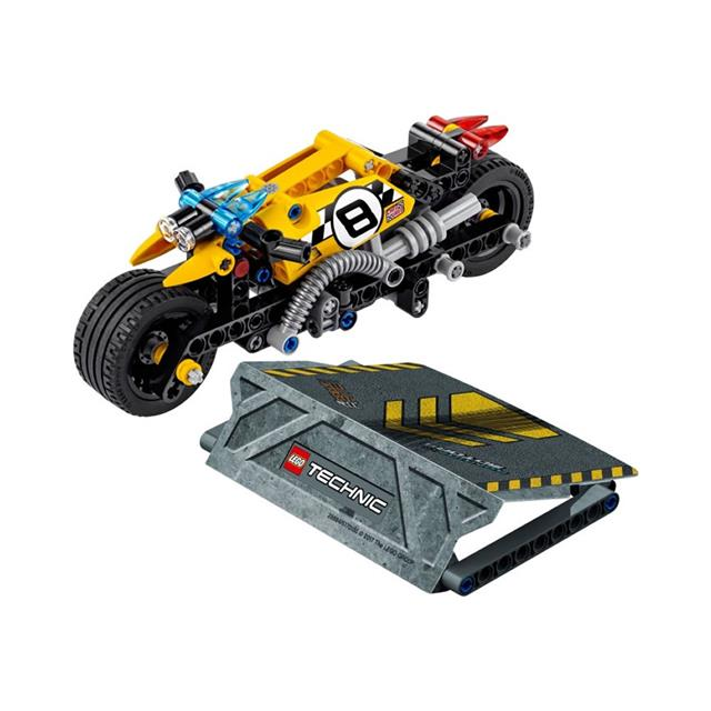 LEGO® Technic Pull-Back Stunt Bike