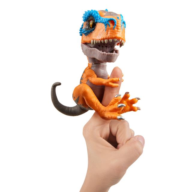 Fingerlings Untamed T-Rex