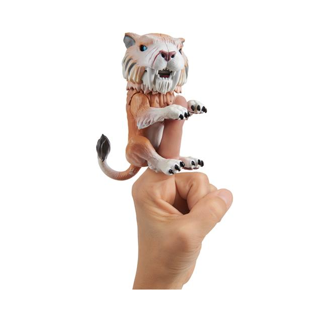 Fingerlings Untamed Sabre Tooth Tiger