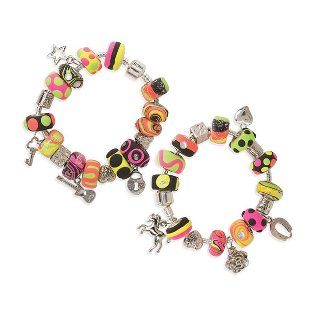 Alex I Heart Charm Bracelets Kit